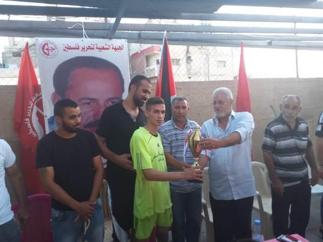 منظمة الشبيبة الفلسطينية تقيم دورة الشهيد (أبو علي مصطفى) بكرة القدم في مخيم عين الحلوة