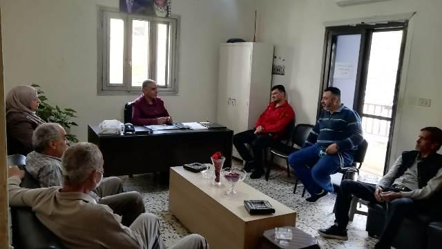 وفد من النازحين الفلسطينيين من سوريا في مخيم البداوي يزور اللجان الشعبية في الشمال
