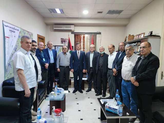 السفير الفنزويلي بدمشق يزور مكتب الجبهة الشعبية بدمشق لتأكيد دعم فنزويلا للشعب الفلسطيني