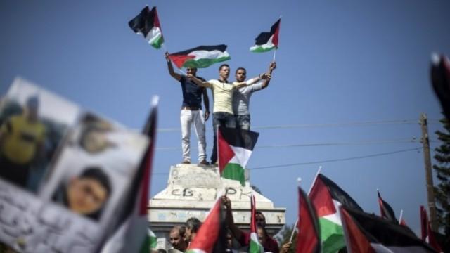 فصائل فلسطينية تدعو السلطة إلى مغادرة مربع السياسة التخاذلية والانهزامية
