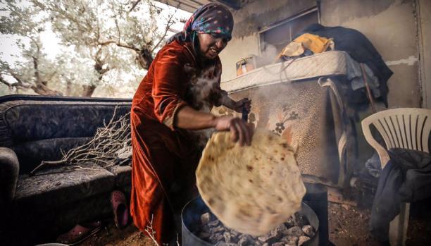 خبز الطابون... من تراث الشعب الفلسطيني