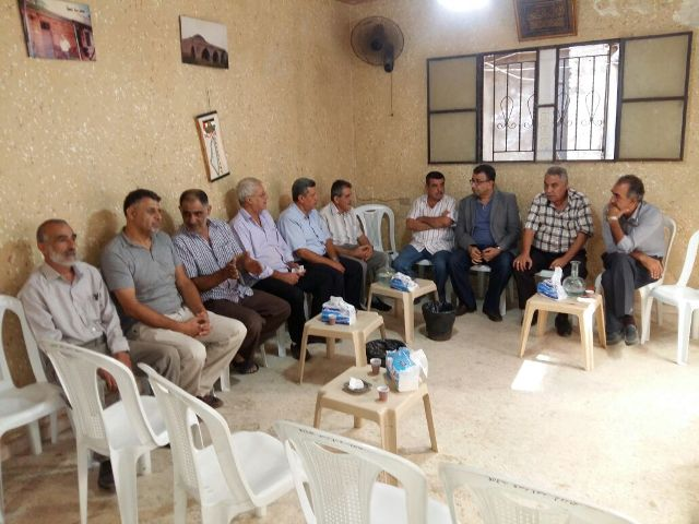 وفد من الجبهة الشعبية لتحرير فلسطين يقدم التعزية لآل