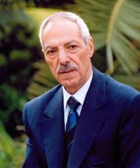 الشعب العربي يستنقذ غده الافضل- طلال سلمان