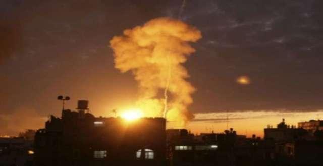 طيران الاحتلال يشن سلسلة غارات على مواقع للمقاومة في قطاع غزة