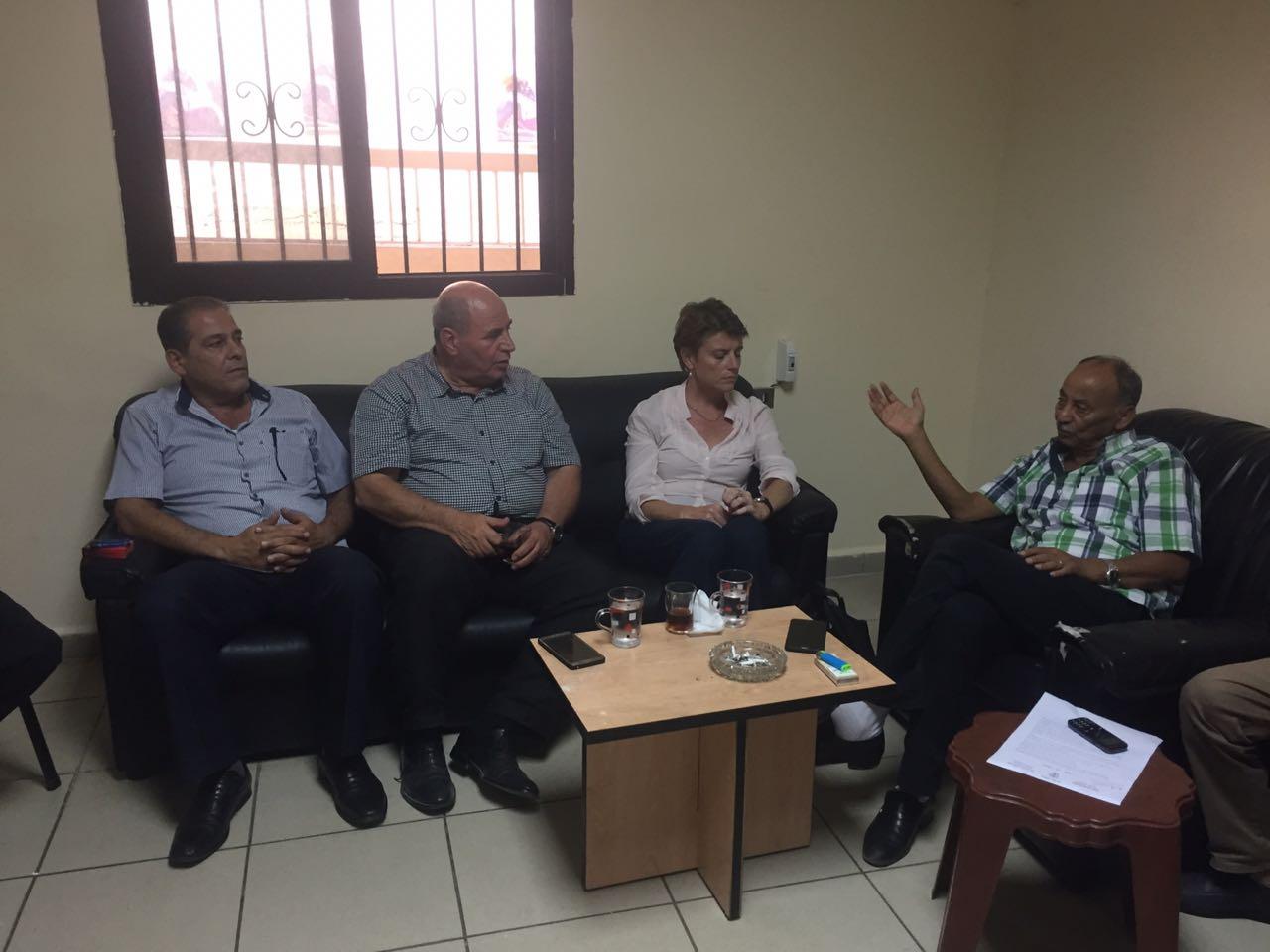 نائبة المدير العام للأونروا تلتقي لجنة المتابعة المركزية للجان الشعبية في لبنان