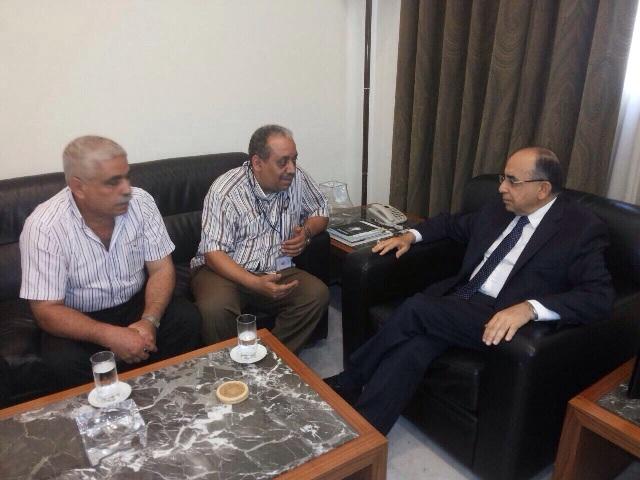 اتحاد العاملين الفلسطينيين في الأونروا يزور الدكتور حسن منيمنة