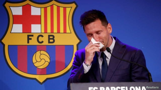 ميسي: بيان برشلونة صدمني.. وباريس ضمن خياراتي