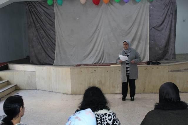 لجان المرأة الفلسطينية في مخيم عين الحلوة تكرم عددًا من المناضلات