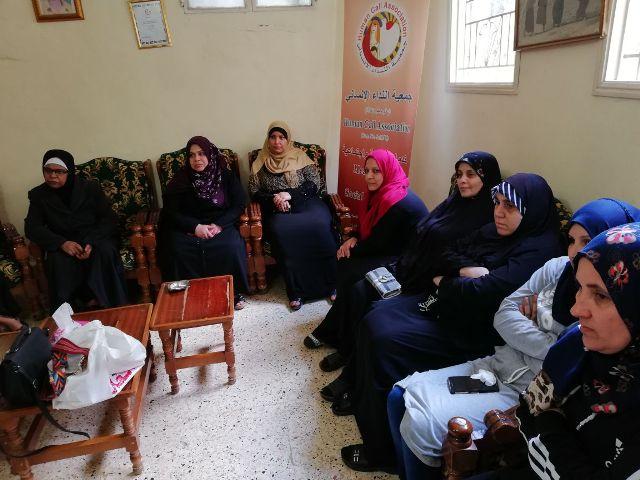 لجان المرأة الشعبية الفلسطينية تقيم ندوات صحية في مخيم عين الحلوة