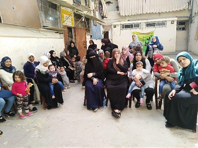 ندوات تربوية في مخيم عين الحلوة لمناسبة الثامن من آذار