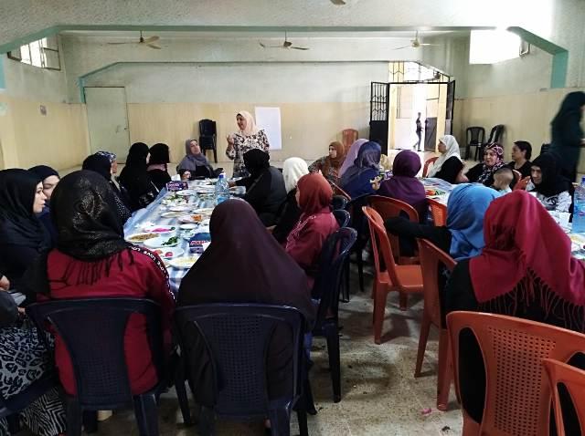 ندوة سياسية في مخيم عين الحلوة للجان المرأة الشعبية الفلسطينية