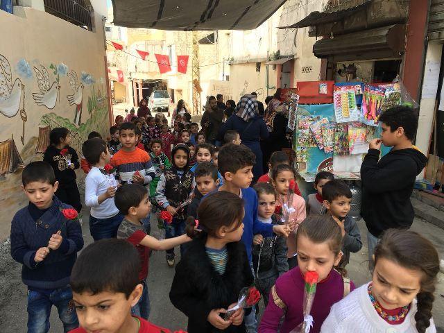 أطفال جمعية نواة- مركز التضامن الاجتماعي يحتفون بيوم المرأة العالمي