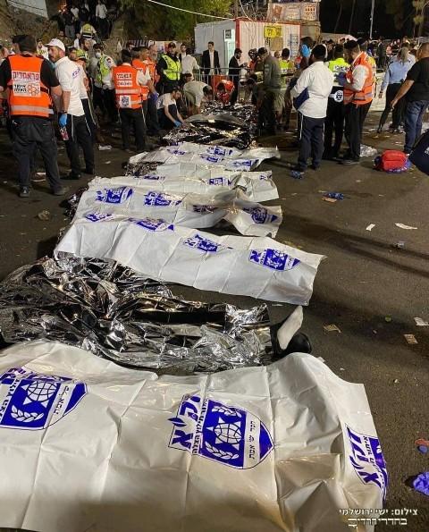 عشرات القتلى والجرحى إثر انهيار جسر خلال احتفال للمستوطنين بالجليل المحتل