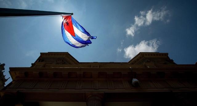 الجبهة الشعبية تدعو للحفاظ على مكتسبات الثورة الكوبية وإسقاط الحصار الأمريكي