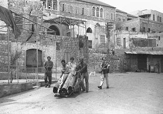 تقرير نهب الممتلكات الفلسطينيةعام 1948: كالجراد نهب اليهود البيوت من الخيط إلى الثلاجة دون ترك المكتبة