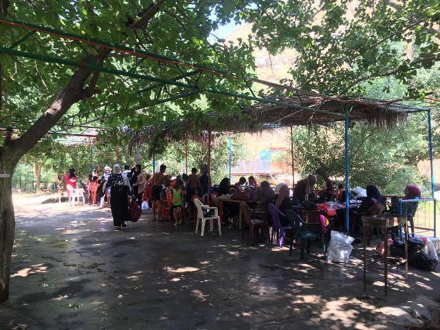 لجان المرأة الشعبية الفلسطينية – منطقة  صيدا تنظم رحلة ترفيهية إلى وادي العرايش
